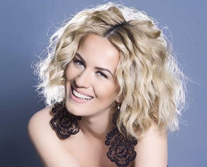"""Albulena Kryeziu fiton çmimin """"Aktorja Më e Mirë"""" në festivalin francez"""