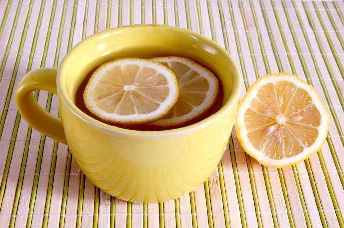 Pija magjike: Forcon imunitetin dhe largon aromën e keqe nga goja