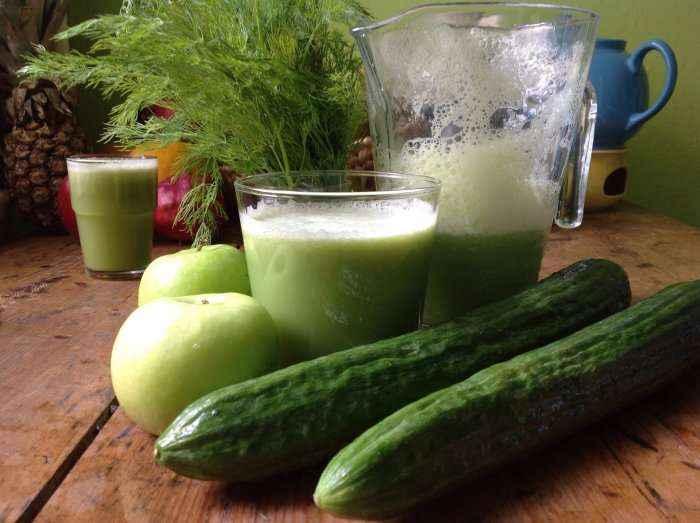 Kombinimi bombastik: Lëngu i shëndetshëm, dietal dhe i gjelbër që ripërtërin lëkurën