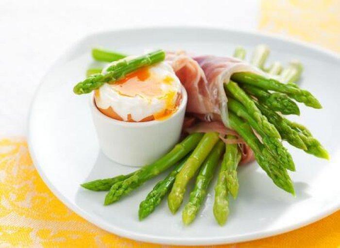 Pesë ushqime të shëndetshme dhe me pak kalori që duhet përfshirë në menynë tuaj